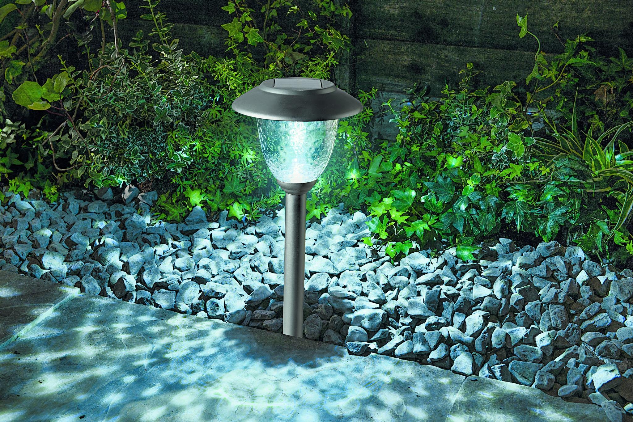Solar garden lights Solar Lighting